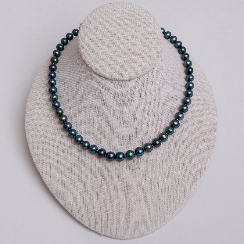 Blue/Green Round Pearl Necklace