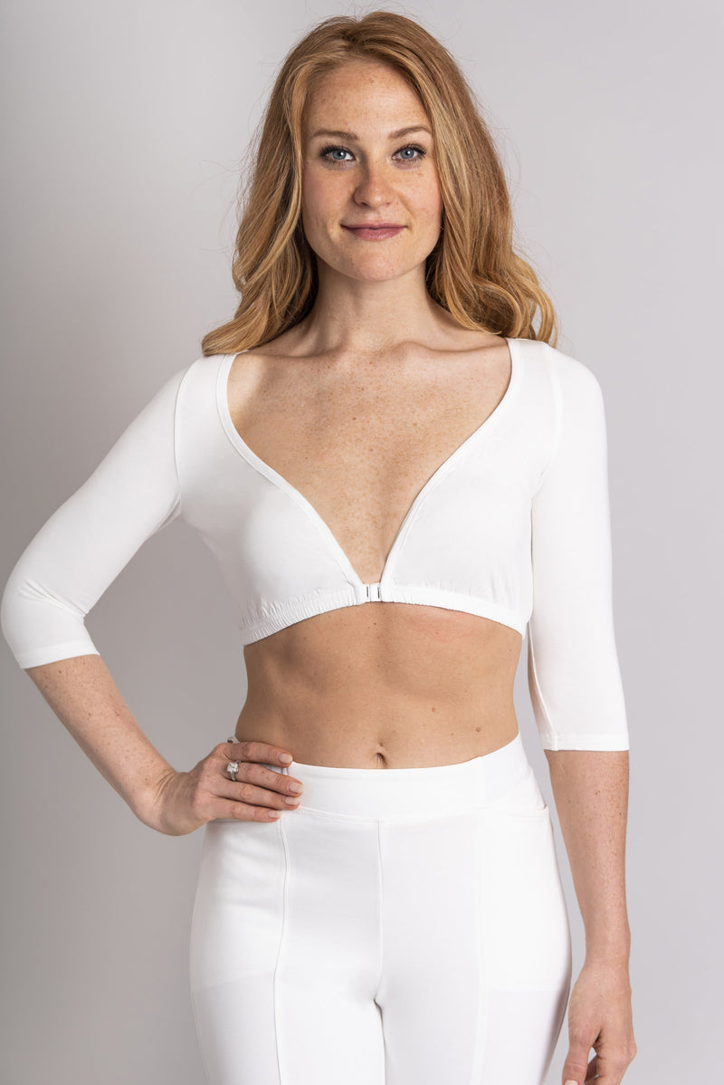 Women's white 3/4 sleeve bra instant sleeve made of stretchy natural fibers..
