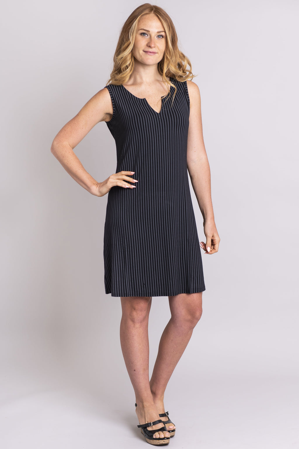 Maggie Sleeveless, Black/Grey Stripe