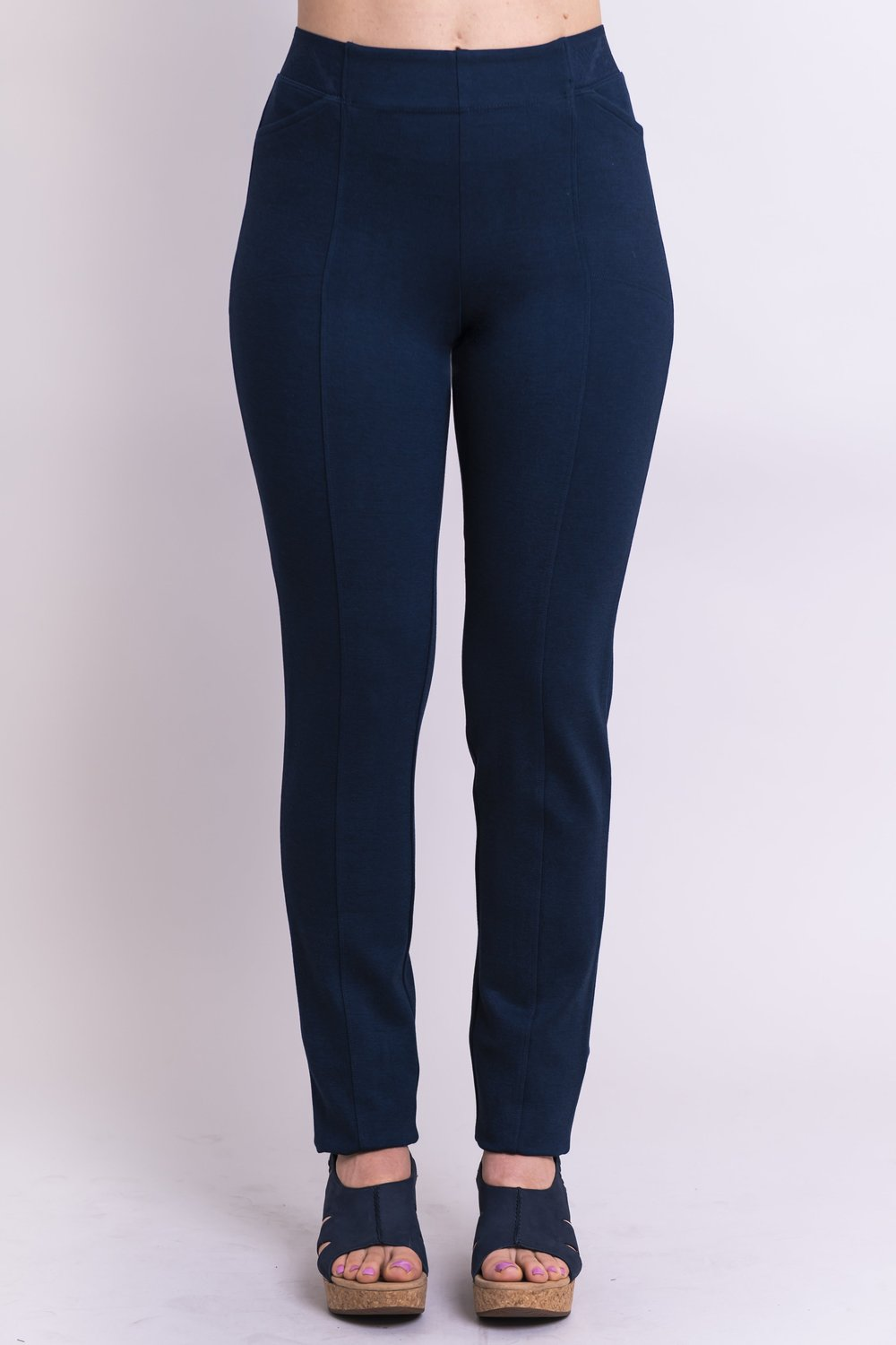Women's petite indigo tailored pant, with slim and narrow leg. Made of sustainable and natural bamboo fibers, fair-trade.