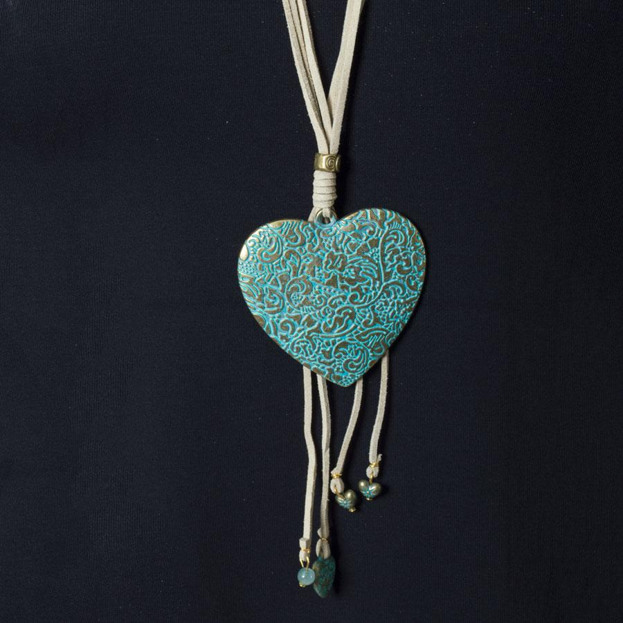 Necklace  Natural/Turquoise Heart
