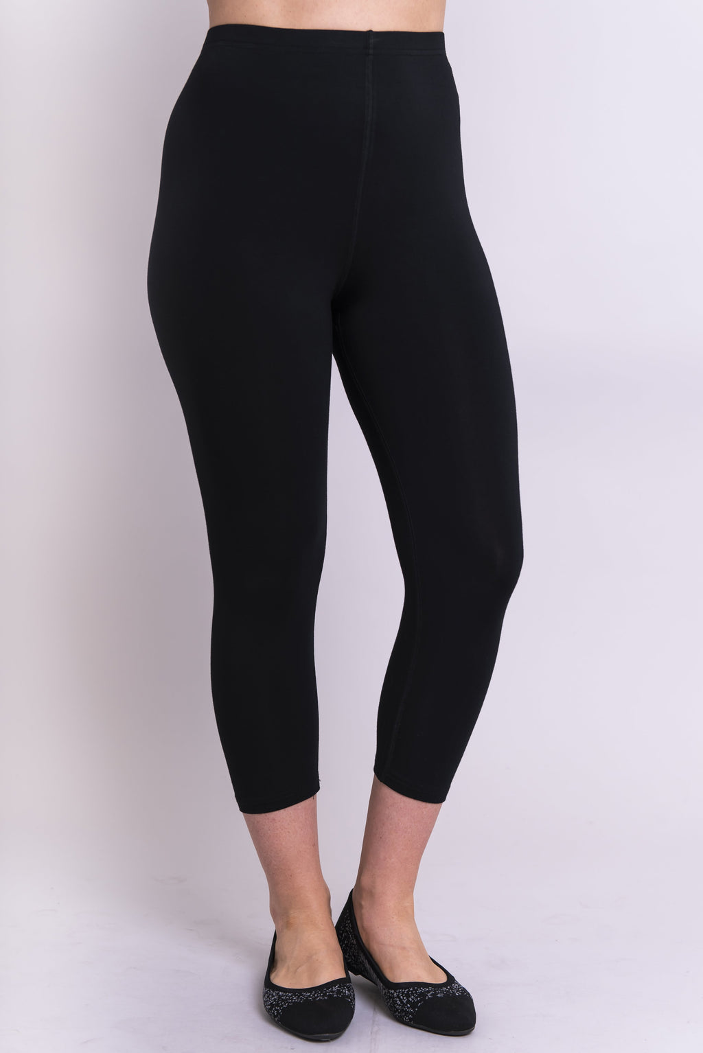Ruby Capri, Black