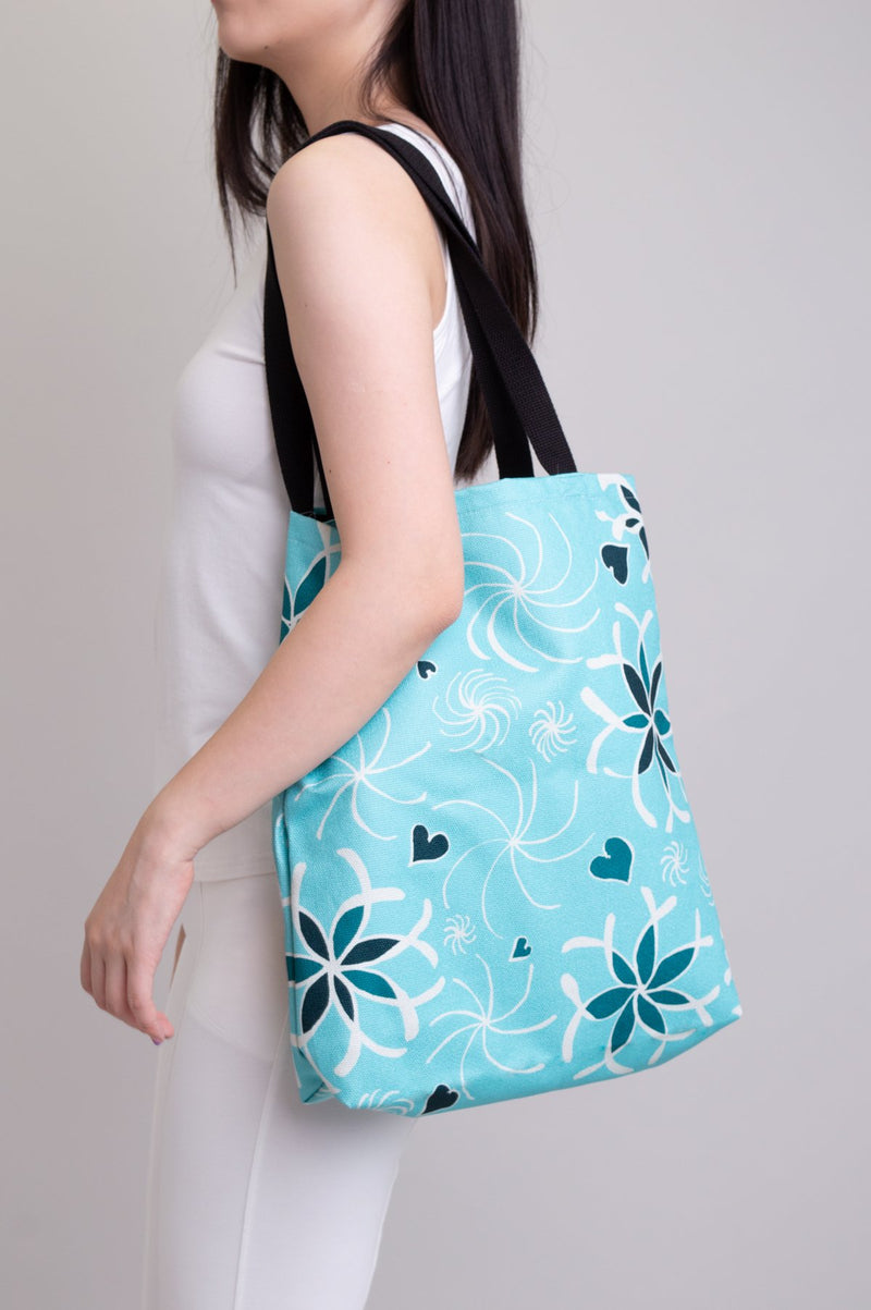 Artwork Totebag Hearts and Flowers Turquoise