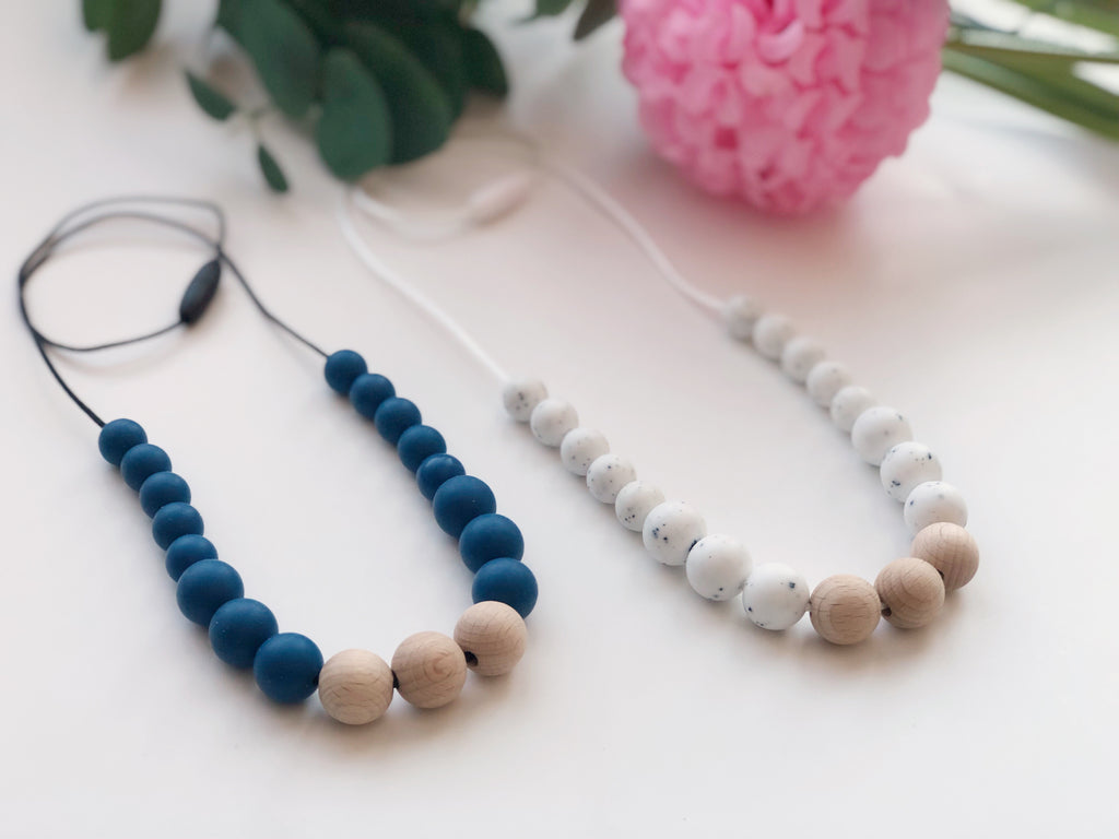 ANNALEE Teething Necklace
