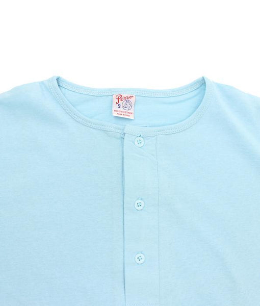 Men's Henley T-shirts. Wholesale Pack at amazing price. Color: Light Blue | Camisetas Perros Brand
