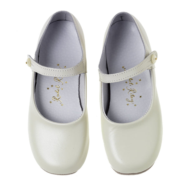 Button Strap Slipper, Cream