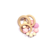 FLAMINGO willow rattle