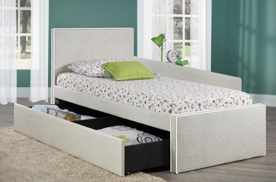 R125 transformable bed