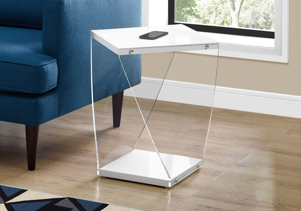 I 3033 ACCENT TABLE