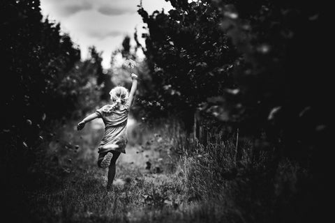 Niki Boon shows us how to have fun without technology through her childrens portrait photography