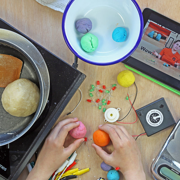 Make Your Own Dough with the Electric Dough Kit by Tech Will Save Us