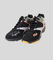 Bonds Signed 2004 Game Used Cleats | Barry Bonds