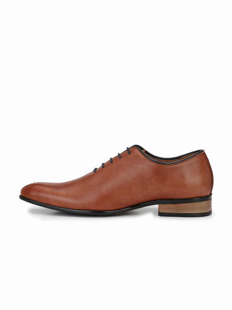 Tan Oxfords With Black Laces & Trim | Full Grain Leather | Saddle & Barnes
