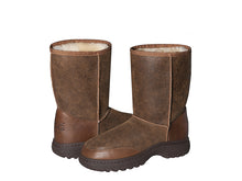 Load image into Gallery viewer, ALPINE NAPPA SHORT ugg boots. Made to order. NO Return.