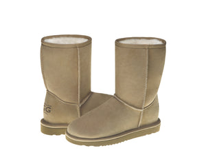 SALE. CLASSIC SHORT ugg boots
