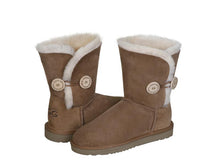 Load image into Gallery viewer, CLASSIC BUTTON SHORT ugg boots