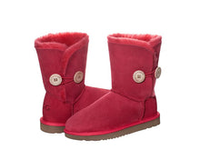 Load image into Gallery viewer, CLASSIC BUTTON SHORT ugg boots. Made in Australia. Free Shipping. Afterpay.