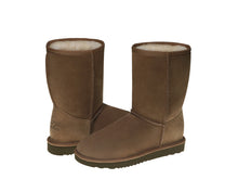 Load image into Gallery viewer, 2019 Stock Clearance. CLASSIC SHORT ugg boots. Made in Australia. Free Shipping. Afterpay.
