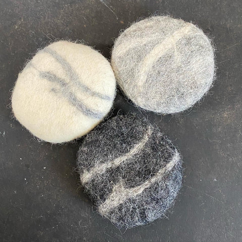 Eco Wool Natural Felted Marble Soap Pebble