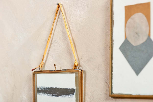 "Hanging Glass & Antique Brass Frame - Portrait 4""x6"""