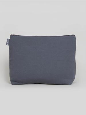 CHALK Wash Bag in Charcoal