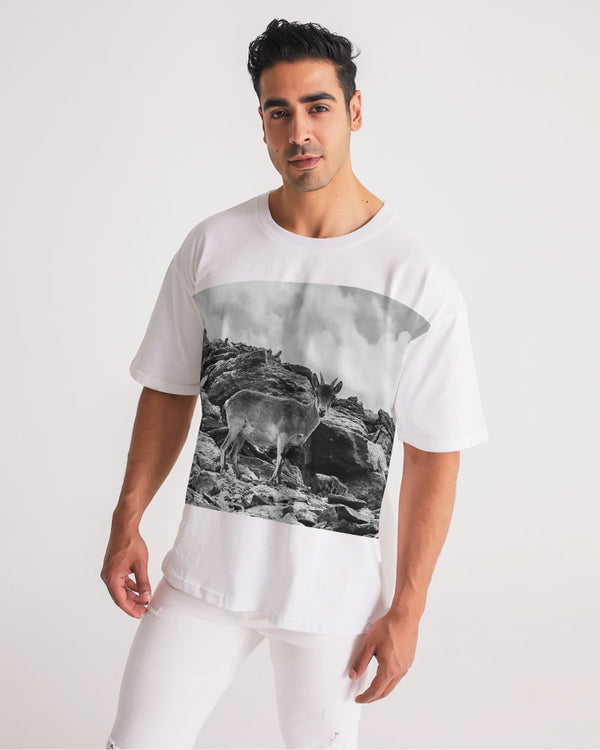 DASH CAMO CAPRICORN Men's Premium Heavyweight Tee