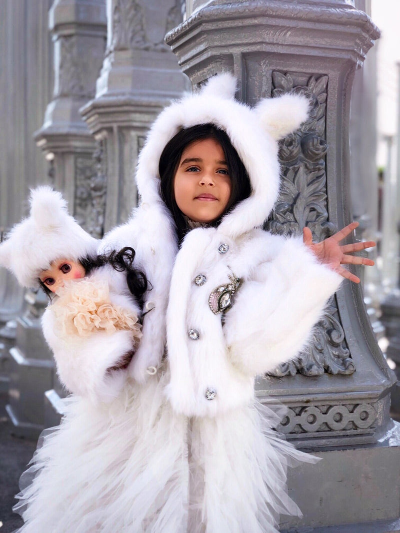 [OUTLET!] DOLLY by Le Petit Tom ® ICE BEAR fur hooded jacket with ears white