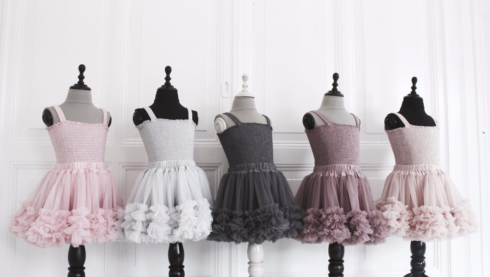 DOLLY by Le Petit Tom ® FRILLY SKIRT silvergrey - DOLLY by Le Petit Tom ®