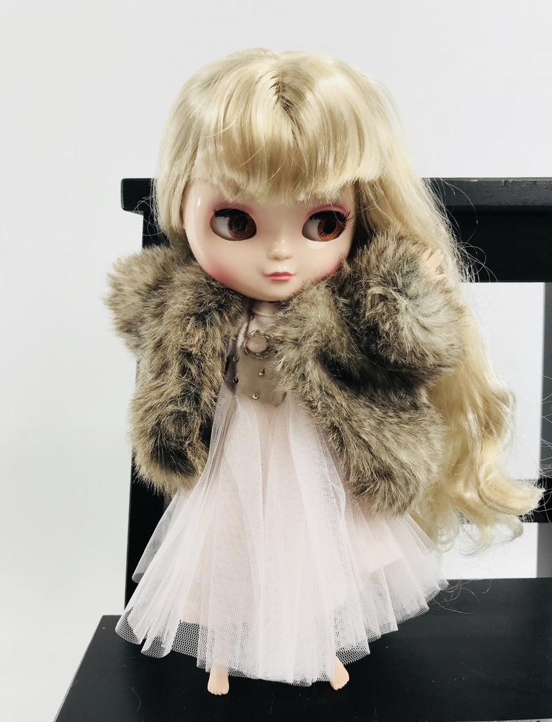 ANGELA Doll clothing DOLLY's FUR COAT WOLF mixed brown