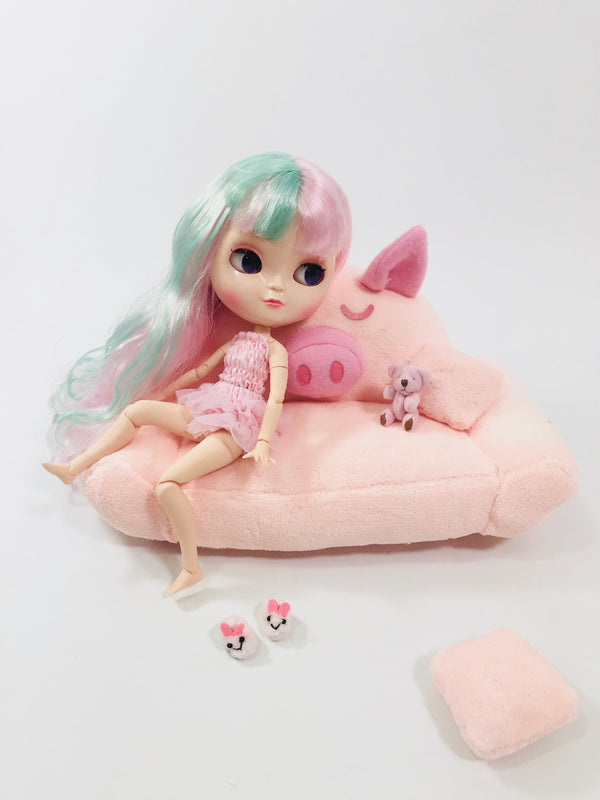 [ OUTLET!] ANGELA Doll PLUSH PIGGY SOFA WITH PILLOWS