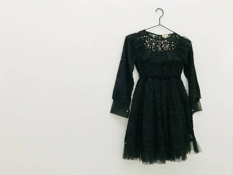 [ OUTLET!] DOLLY by Le Petit Tom ® JEWELER'S CRYSTALS Lace dress with chest ruffle black
