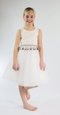 [OUTLET!] DOLLY by Le Petit Tom ® VELVET TASSEL WAIST DRESS white
