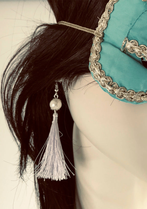 DOLLY GOLIGHTLY Breakfast @ Tiffany's LAVENDER TASSEL EARRINGS