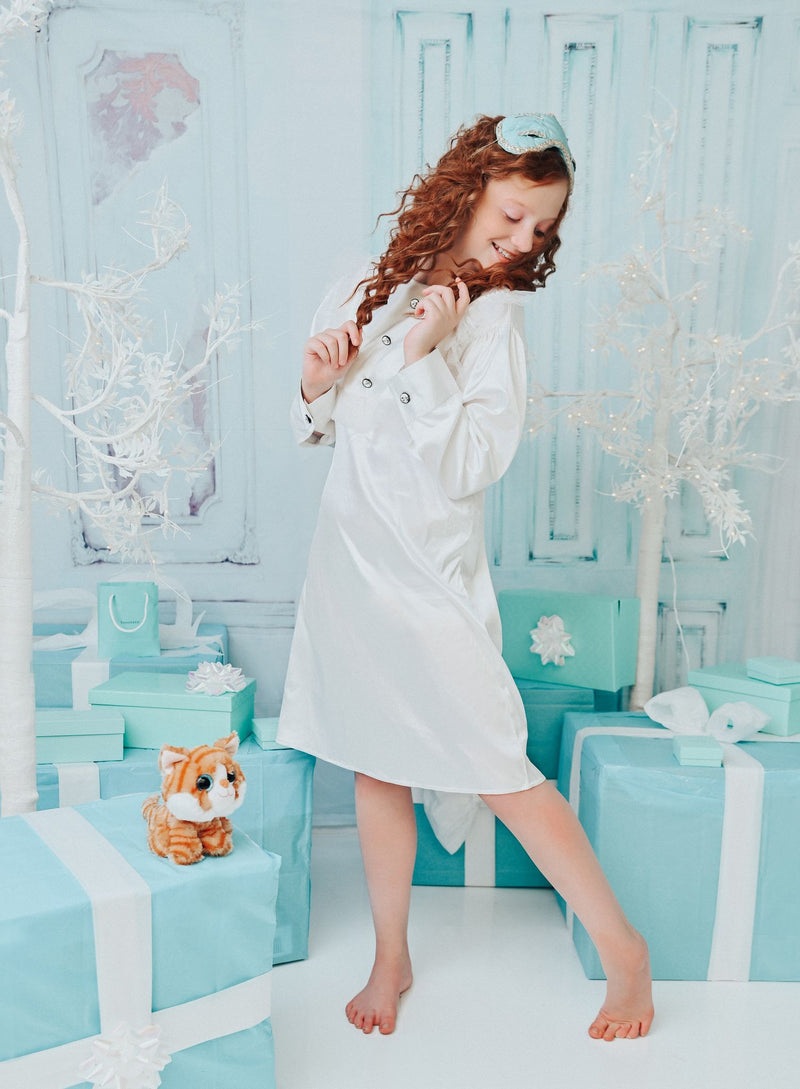 DOLLY GOLIGHTLY Breakfast @ Tiffany's TUXEDO SLEEP DRESS SET  off-white