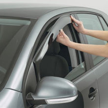 Load image into Gallery viewer, Fitting Wind Deflectors to the Seat Leon