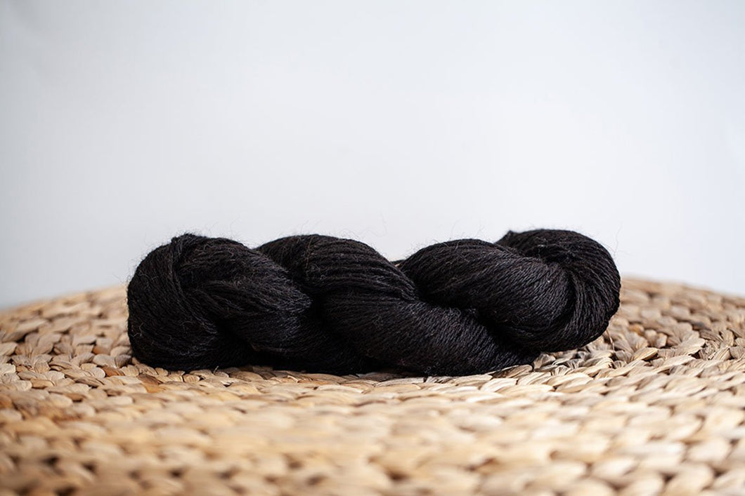 Black Princess Worsted Weight Alpaca Yarn Neutral Collection Prairie Spirit Alpacas