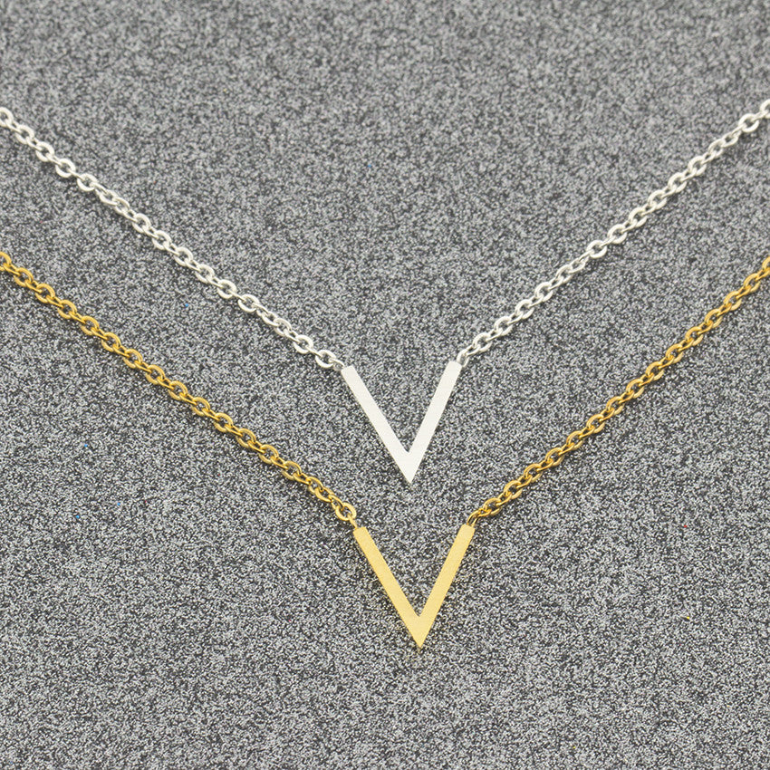 Simple V Charm Choker Necklace