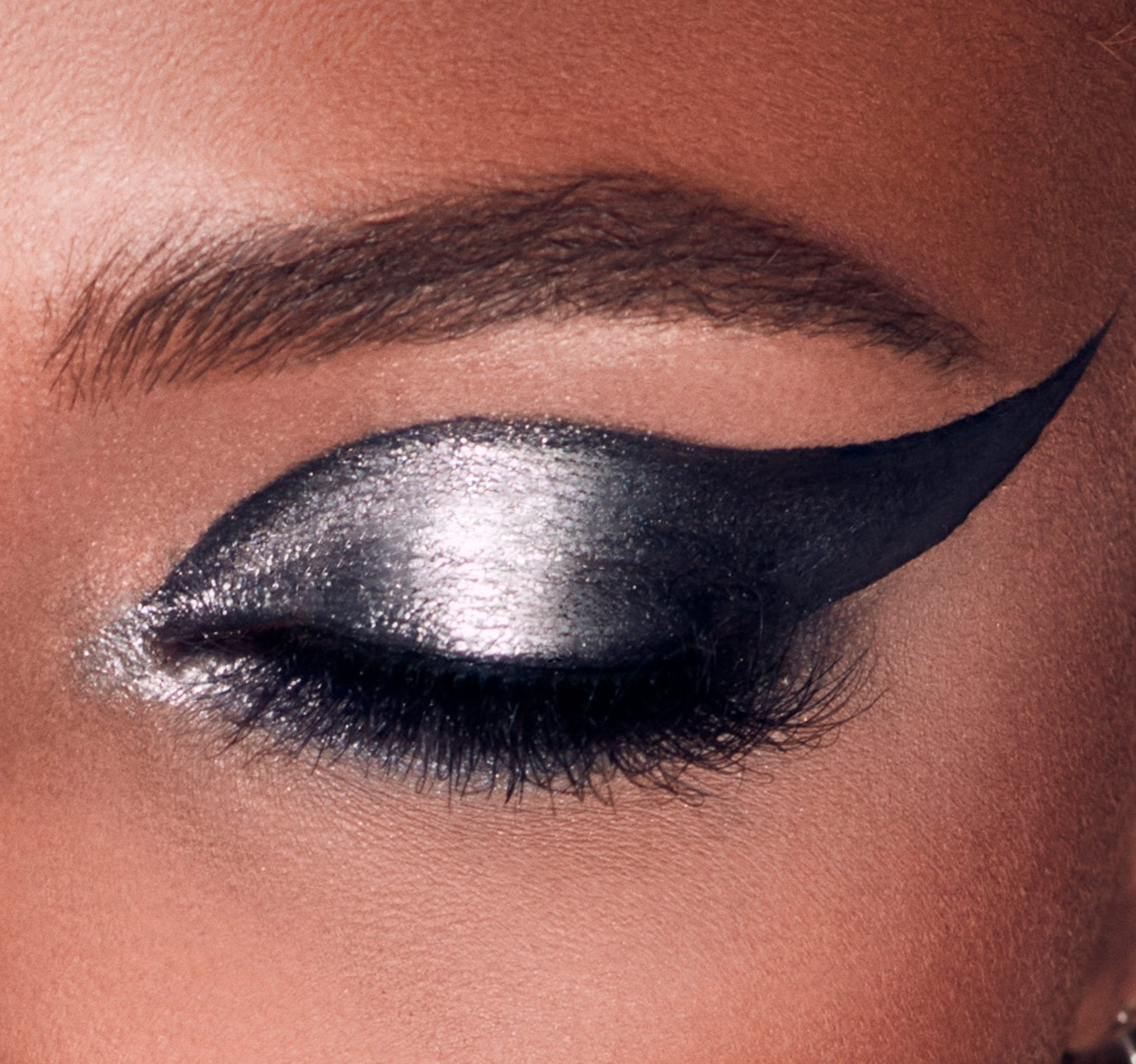 MIDNIGHT HEAT METALLIC EYESHADOW TRIO, view larger image