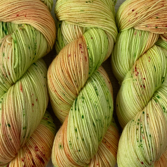 BARTLETT PEAR // Hand Dyed Yarn // Speckled Variegated Yarn