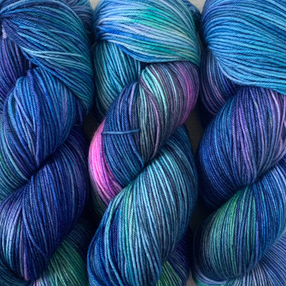 DANCING SKIES - MAY'S COLOUR OF THE MONTH // Hand Dyed Yarn // Speckled Variegated Yarn