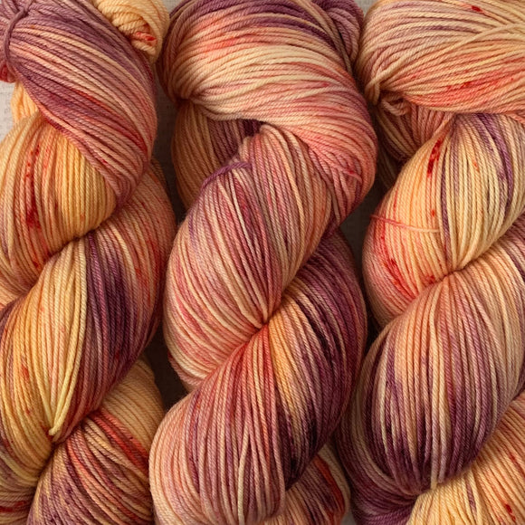 FREESTONE PEACH // Hand Dyed Yarn // Speckle Variegated Yarn