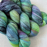 NOT THAT BUSY // Hand Dyed Yarn // Speckle Yarn