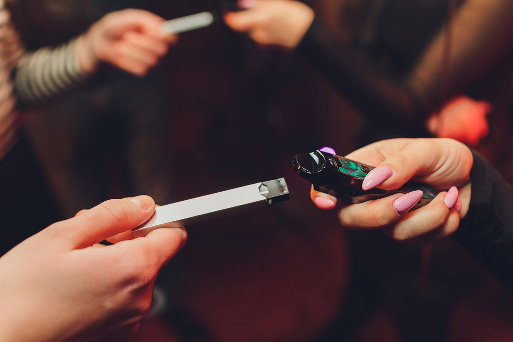 disposable vape pens pros and cons
