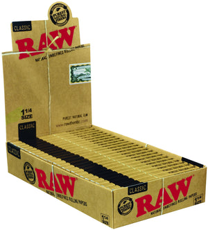 RAW CLASSIC ROLLING PAPERS 1 1/4 PACK OF 24
