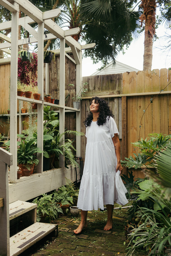 Living in Lekha: Sara Perez Ekanger of Antigua Floral