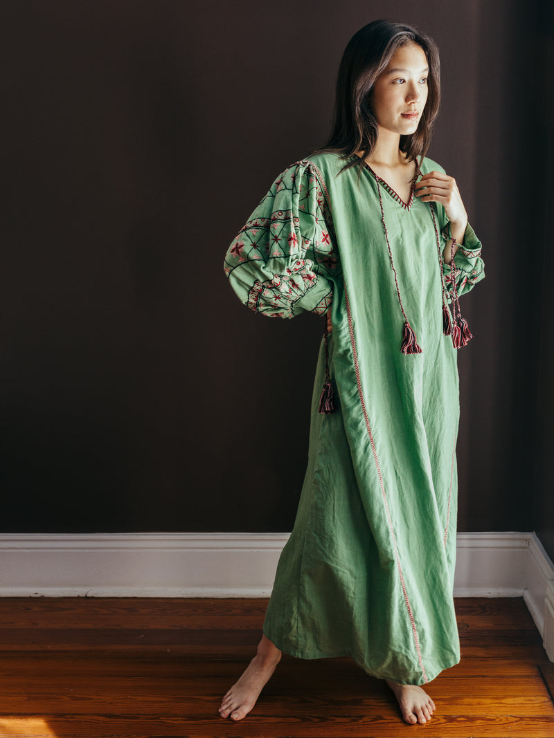 Saheli Ruki Embroidered Caftan