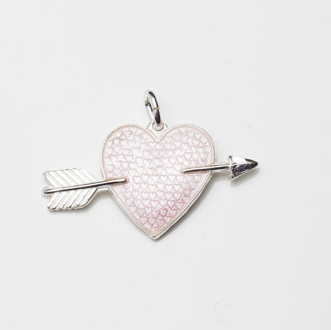 HEART WITH ARROW by Camilla Prytz pink