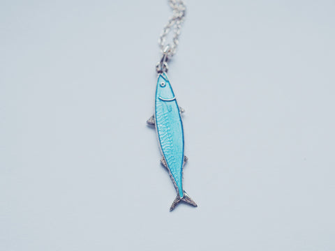 Mini Fish Necklace light blue