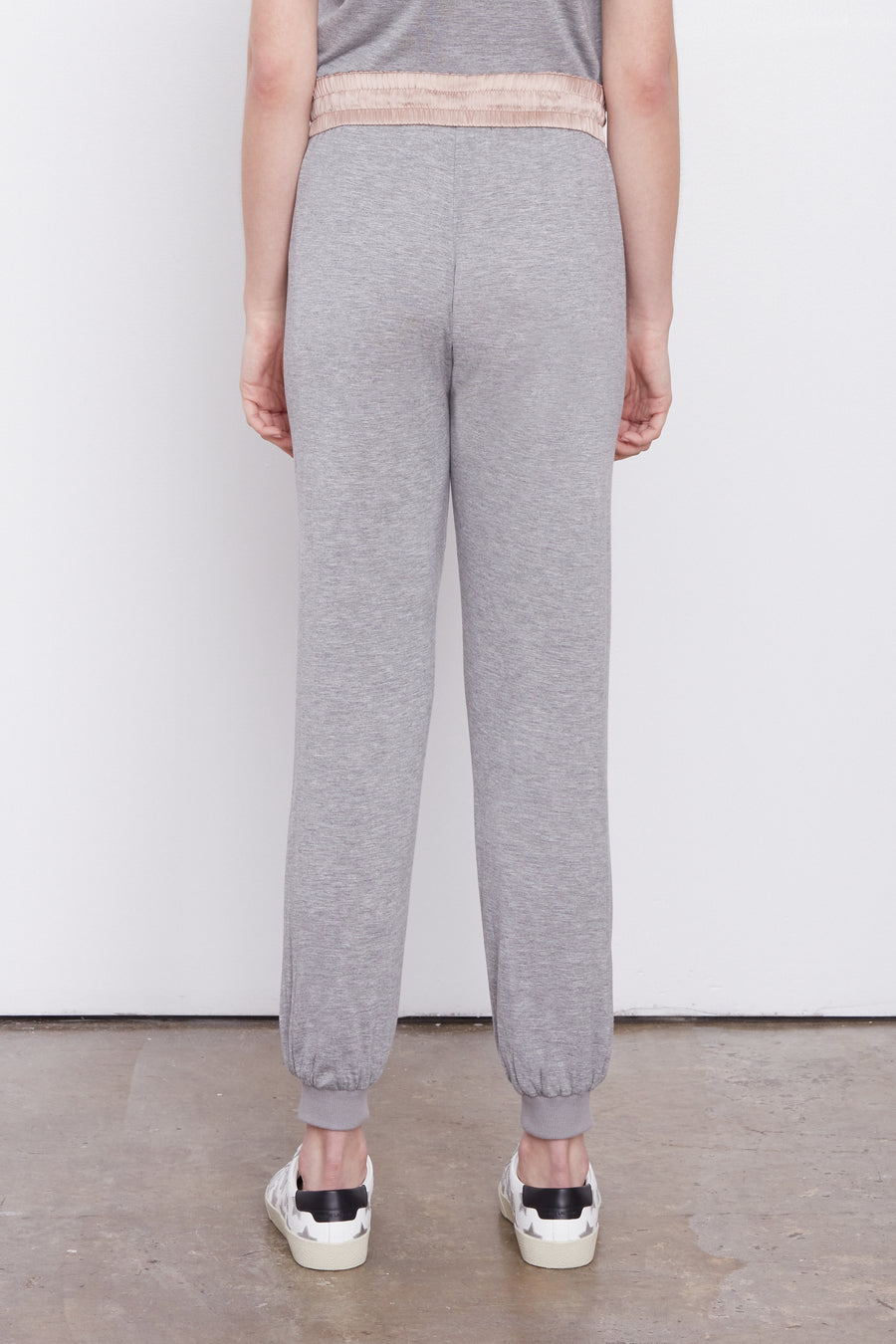 The Jogger Rose Dust/Grey