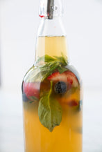 Load image into Gallery viewer, kombucha bottle second fermentation